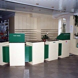 Nově otevřená lékárna 1993